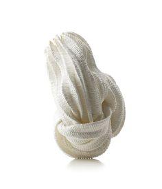 Kazumi Nagano - Product code: KNA15 - Brooch - Unique piece - : Bamboo tape, yellow gold, silver, nylon thread - 635€