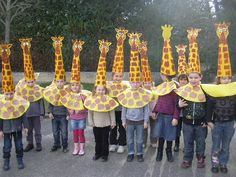 I like the idea of a cone hat to make the giraffe head/neck Kids Crafts, Diy And Crafts, Arts And Crafts, Giraffe Crafts, Animal Crafts, Creative Costumes, Diy Halloween Costumes, Animal Costumes Diy, Theme Carnaval