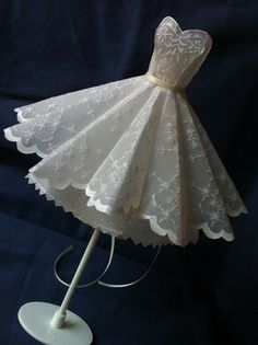 3D Strapless Ball Dress. Handmade parchment/vellum door Bermarc, €124.50