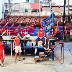 Boxing Gym in Habana by stewardess212