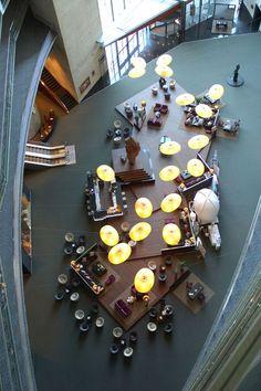 "CROWN METROPOLE FOYER | www.bocadolobo.com/ <a href=""/tag/livingroomideas"">#livingroomideas</a> <a href=""/tag/livingroomdecor"">#livingroomdecor</a> <a href=""/tag/decorinspirations"">#decorinspirations</a>"