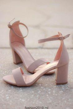 Nackt Schuhe