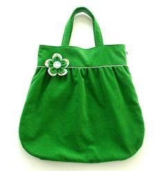 mooie groene tas, helaas geen tutorial erbij