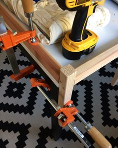HACK THIS // Woven Bench DIY   The Vintage Rug Shop Diy Woven Bench, Diy Bench, Diy Furniture Plans, Handmade Furniture, Living Spaces, Living Room, Crafty Craft, Vintage Rugs, Home Organization