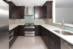 Elegant and modern look in this remodeled kitchen. #kitchen #kitchendesign #kitchenremodel