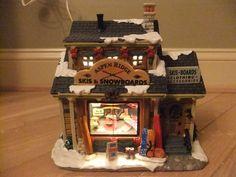 Lemax Porcelain lighted Christmas Tree Village House Aspen Ski slope Lodge Cabin