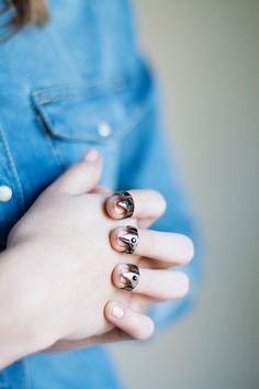 nail triangle rings por superwicked en Etsy