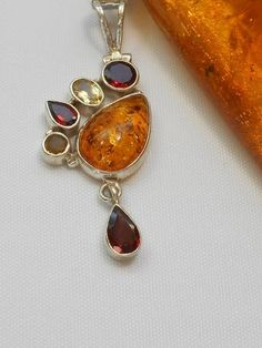 42322ea8621f  Amber Pendant 2 with Garnet and Citrine - Andrea Jaye Collection Hecho A  Mano