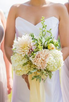 Gorgeous bouquet: http://www.stylemepretty.com/2015/04/13/whimsical-wedding-at-shakespeare-on-the-hudson/ | Photography: a guy + a girl photography - aguyandagirlphotography.com