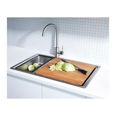 IKEA - BREDSKÄR, Chopping board, The wood surface is durable yet also gentle on your knives.Place over the BREDSKÄR sink to make an extra work surface. Kitchen Mixer Taps, Kitchen Knives, Kitchen Gadgets, Dish Detergent, Sink Accessories, Sharpening Stone, Commercial Kitchen, Wood Surface, Kitchen