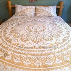 Please read the description carefully: This shiny, gold bedding is absolutely stunning!! Available as a duvet cover, flat sheet, pillowcases or any combination of the three. Flat sheet is queen sized.