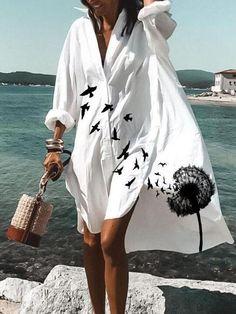 Fashion Art, Fashion Prints, Latest Fashion, Fashion 2018, Fall Fashion, Style Casual, Button Dress, Summer Dresses For Women, V Neck Dress