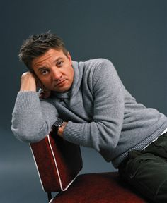 Hottest Actors Jeremy Renner hot or not