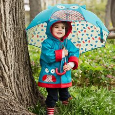 We love the Skip Hop range & this practical umbrella is no different! It even has a peek-a-boo window so your child can see where they're going without getting wet.