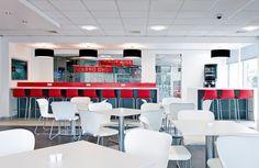 Lenovo 04 700x456 Lenovos UK Head Office Cafe and Presentation Spaces