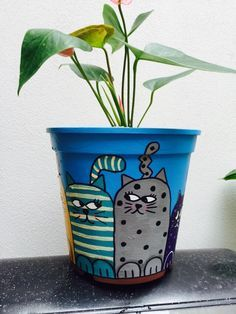 Idea Of Making Plant Pots At Home // Flower Pots From Cement Marbles // Home Decoration Ideas – Top Soop Flower Pot Art, Flower Pot Design, Clay Flower Pots, Flower Pot Crafts, Clay Pot Crafts, Clay Pots, Diy And Crafts, Cactus Flower, Painted Plant Pots