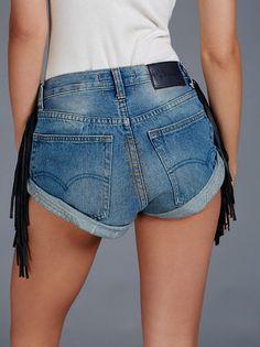 FP ONE BY ONE TEASPOON Western Vintage Fringe Slouchy Cutoff Bandit Shorts (Middies)