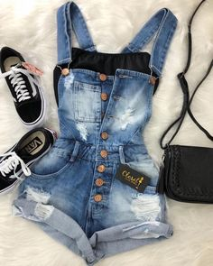 50 Cute Summer Outfits Denim Overall Outfit Teenage Outfits, Teen Fashion Outfits, College Outfits, Outfits For Teens, Womens Fashion, Fashion Trends, 70s Outfits, Green Outfits, Fashion Fashion