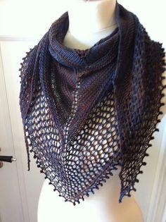 Ravelry: Eiku pattern by Sepieni Designs - Free Pattern Knitted Shawls, Crochet Shawl, Crochet Yarn, Knitted Gifts, Knitted Scarves, Easy Crochet, Free Crochet, Lacey Pattern, Free Pattern