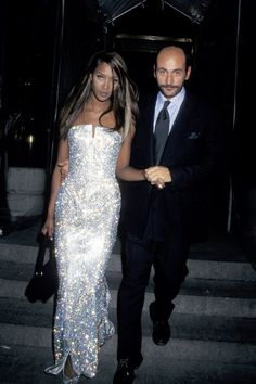Naomi Campbell and guest during 1995 Costume Institute Gala at Metropolitan Museum of Art in New York City, New York, United States. Donatella Versace, Gianni Versace, Iconic Dresses, Gala Dresses, Nice Dresses, Gala Gowns, Stunning Dresses, Mary Kate Olsen, 90s Fashion