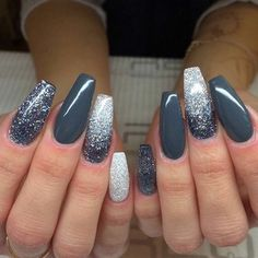 Nails gray glitter The post Nails gray glitter appeared first on nageldesign. promnails : Nails gray glitter The post Nails gray glitter appeared first on nageldesign. Rose Gold Nails, Gray Nails, Matte Nails, Orange Nails, Sliver Nails, Acrylic Nails With Glitter, Christmas Acrylic Nails, Winter Acrylic Nails, Grey Christmas Nails