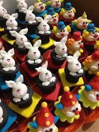 Resultado de imagem para doces decorados festa circo