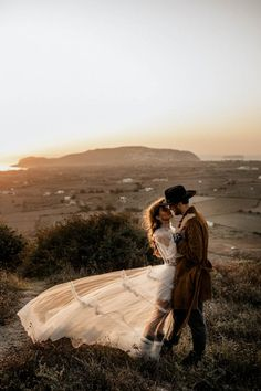 Western details merge with the Yolancris boho bride in a folk inspired photoshoot signed by wedding photographers Chris & Ruth. Boho Bride, Boho Wedding Dress, Wedding Bride, Wedding Stuff, Wedding Ideas, Santorini Wedding, Greece Wedding, Elvis Wedding, Wedding Rentals