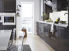 Fresh Kitchen Design Ikea Kitchen Planner Usa: Adorable Kitchen Interior Design Grey Color Cabinets With White Countertop Ikea Kitchen Planner Usa Grey Ikea Kitchen, Grey Gloss Kitchen, Gray And White Kitchen, Ikea Kitchen Cabinets, New Kitchen, Kitchen Ideas, Kitchen Units, Kitchen Interior, Ikea Inspiration