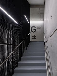 SAP Innovation Center Potsdam Potsdam, 2016 - SCOPE office for architecture Wayfinding Signage, Directional Signage, Signage Design, Gym Design, Retail Design, Aesthetic Backgrounds, Aesthetic Wallpapers, Elevator Lobby, Corridor Design