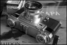 Contax II camera - D Day 1944 Robert Capa