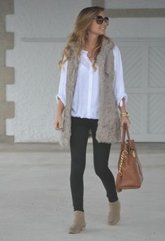 faux fur vest, white casual blouse, skinny jeans, ankle boots, trendy sunglasses, great bag  = perfection