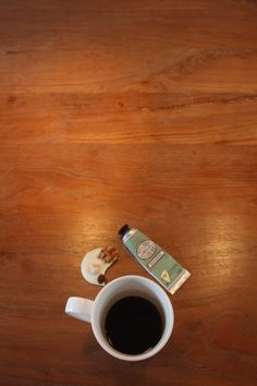 24 October - Still. Coffee w/ chocolate. The tube is amazing handcreme i gave my mom.