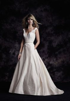 Paloma Blanca 4613 A-Line Wedding Dress