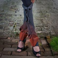 origami leggings. wrong shoes though . . .