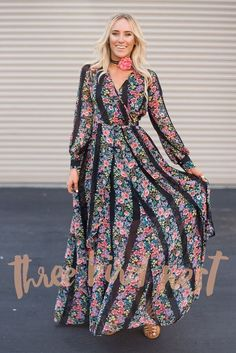 Floral Long-Sleeved Maxi Dress in Black
