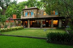 Moron Saad | Casas | Las Lomas Home Interior Design, Exterior Design, Mexican Style Homes, Flat Roof House Designs, Small Beach Houses, Sweet Home Design, Thai House, House Elevation, Mediterranean Homes