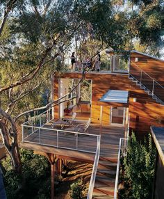 Tree House - Residential Projects, Sitework, Roof Decking, Natural Metals, Outdoor Rooms, Custom Homes - Custom Home Magazine