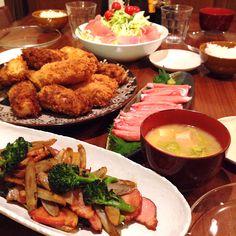 グラタンコロッケ❁ゴボウとベーコンの炒め物❁カニちゃいまっせ❁生ハムサラダ❁白菜と麩と豆腐のお味噌汁