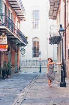 Things to do in the French Quarter, New Orleans, French Quarter bucket list, New Orleans bucket list, French Quarter travel guide, New Orleans travel Guide, New Orleans travel, New Orleans bourbon street #neworleans #frenchquarters #frenchquarter #louisiana #usatravel #mardigras #travel #travelblogger #place #travelinspiration #traveller #travelplanning #wanderlust #destinations #adventures #bucketlists #guide #trip #visiting #adventures #adventuretime