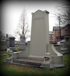 """This monument is unusual for a Jewish cemetery because it has sculptures of human faces; I asked about it at the cemetery office, but Ms. Bauer said she didn't know anything about it. Due to the family name of """"Joseph"""", I suspect it may represent the There are a lot of amazing locations in Germany, this is certainly a perfect one."""