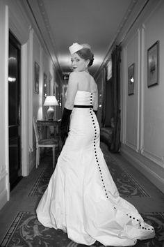 1950's Hollywood inspired wedding dress. LOVE