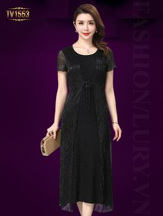 Chất liệu nhũ cao cấp cũng là một gợi ý hoàn hảo cho quý cô trung niên TV1553; Giá: 2.728.000 VNĐ Hong Kong Fashion, Short Sleeve Dresses, Dresses With Sleeves, Korea, Yoko, Dressing, My Style, Womens Fashion, Casual