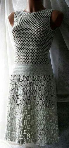 "Lovely crochet dress. Orignial pinner said: ""Vestido de Crochê simples e lindo"""