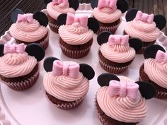Anelu´s Kitchen: Minnie Mouse Cupcakes