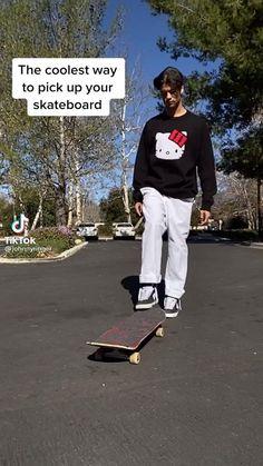 Beginner Skateboard, Skateboard Videos, Penny Skateboard, Skateboard Design, Skateboard Girl, Skateboard Decks, How To Skateboard, Skate Girl, Skate Style Girl