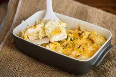 Csirkés rakott karfiol 40 perc alatt: laktató, mégsem nehezíti el a gyomrot Cheddar, Risotto, Mashed Potatoes, Macaroni And Cheese, Zeller, Breakfast, Ethnic Recipes, Food, Whipped Potatoes