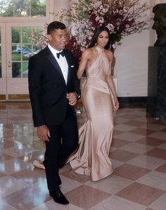 Russell Wilson and Ciara Harris arrive for the State dinner in honor of Japanese Prime Minister Shinzo Abe And Akie Abe