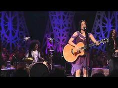 1 of my favorites!! Julieta Venegas - Algo está Cambiando [MTV Unplugged]