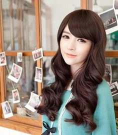 long korean hairstyles | Love this hairstyle for long hair. I Love the thing that the bangs ...