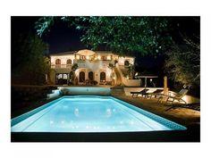 Villa built in rustic style in Vale Del Rei, Lagoa, Portugal.
